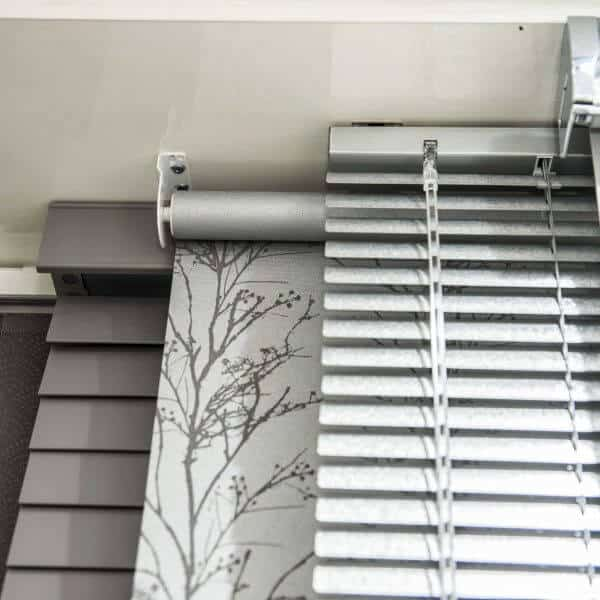Glasgow in Scotland Silver Blinds