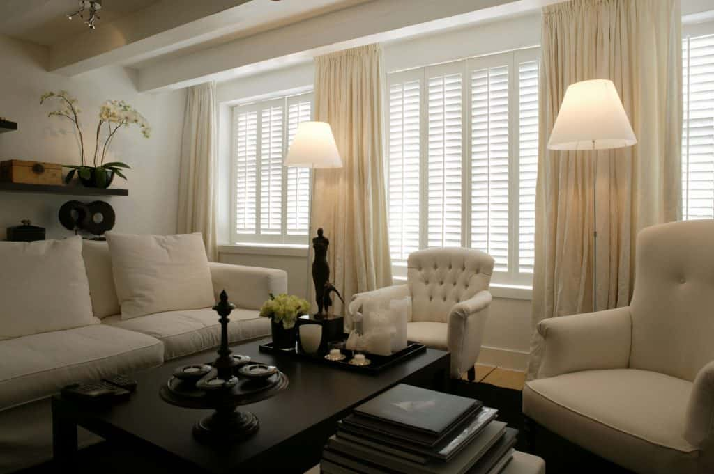 Commercial shutter blinds